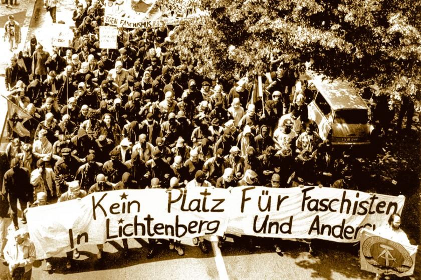 Antifaschistische Demonstartion in Lichtenberg am 24.06.1990