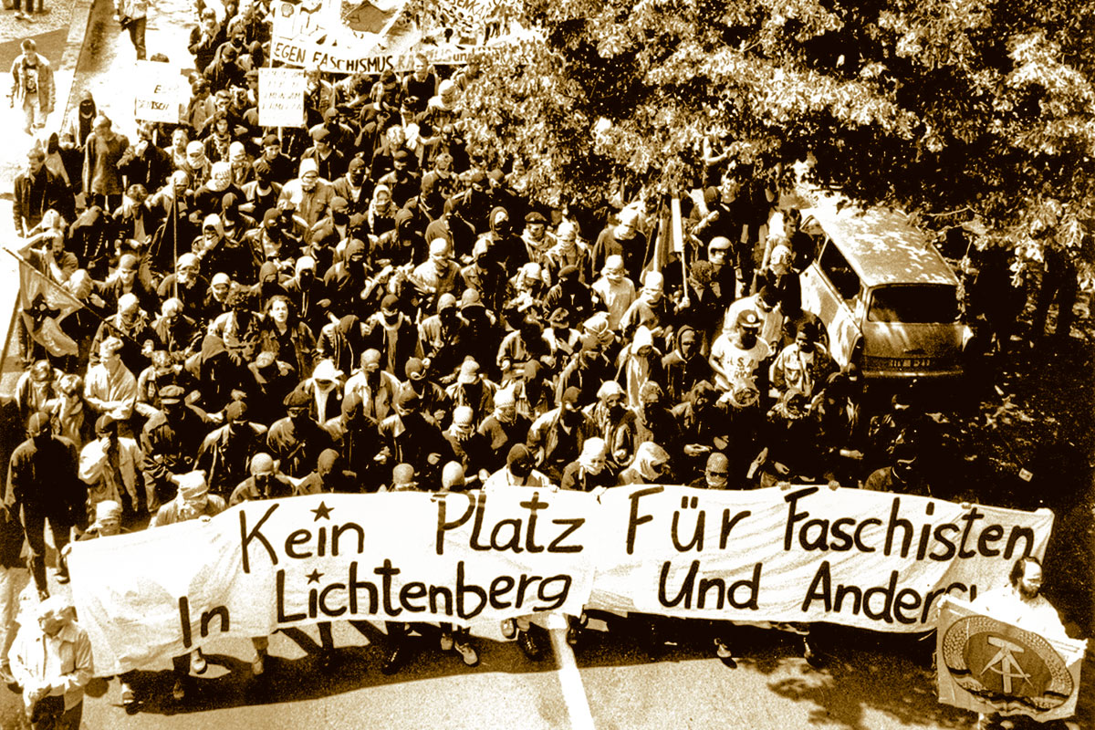 Antifaschistische Demonstartion in Lichtenberg am 24.06.1990