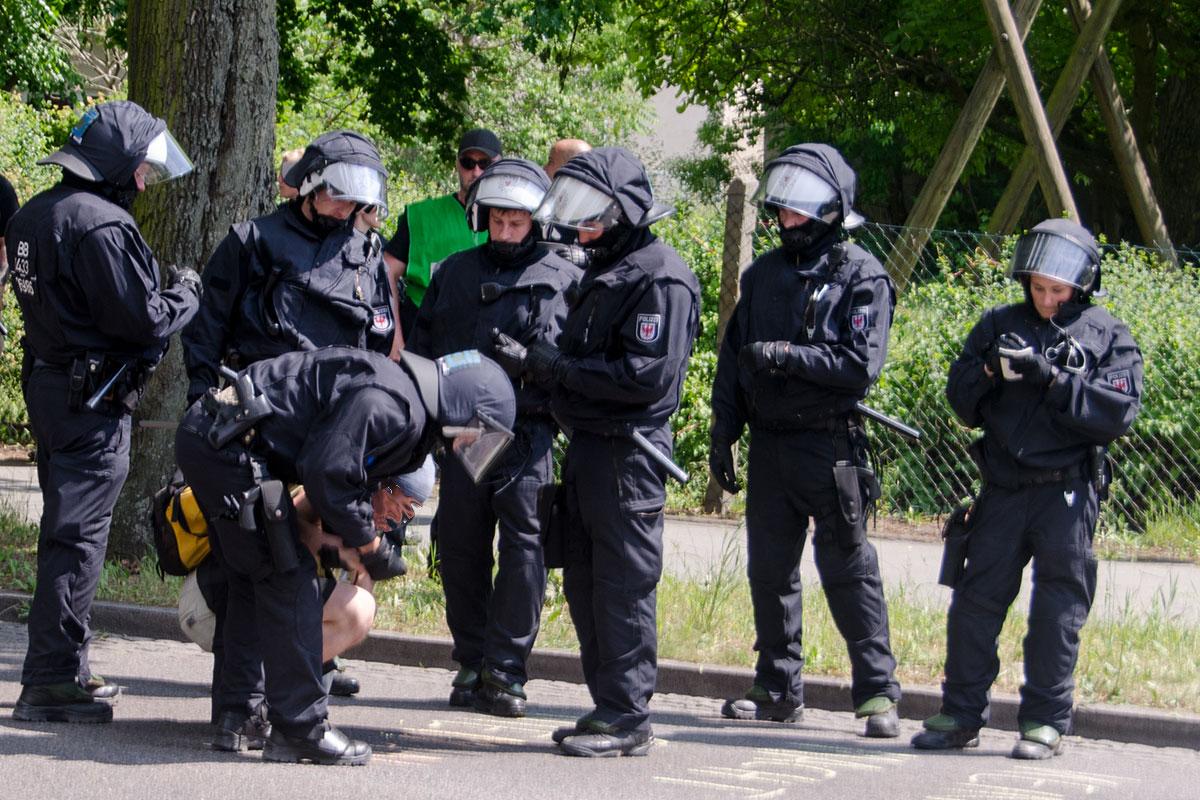 Polizei im-Einsatz, Foto: AG Timur und sein Trupp